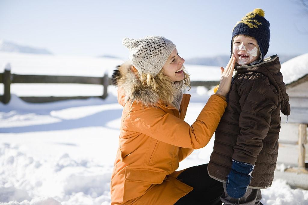 kismet mùa đông có cần dùng kem chống nắng